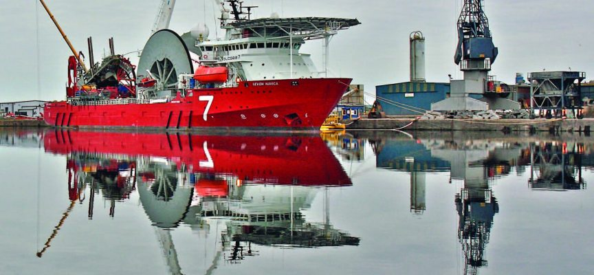 FAG technology cuts a full day from ship's pipe reel bearing replacement